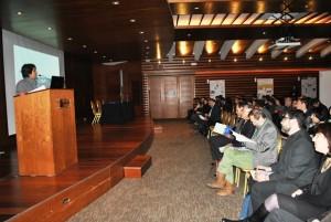Rosa Vera, decana de la Facultad de Ciencias, inauguró las Jornadas de Investigación.